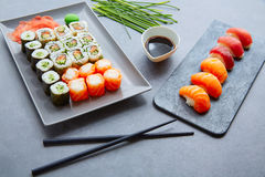 Sushi Maki and Niguiri soy sauce and wasabi Royalty Free Stock Photos