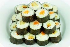 Sushi med laxen och ålen Arkivbild