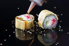 Sushi met bovenste laagjes Royalty-vrije Stock Fotografie