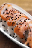 Sushi met eetstokjes Royalty-vrije Stock Afbeeldingen