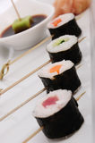 Sushi met saus Stock Foto's