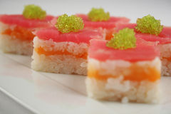 Sushi met tonijn en zalm Royalty-vrije Stock Fotografie
