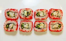 Sushi mit Aal, Rogen 3 des fliegenden Fisches Stockbilder