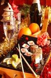 Sushi mit Champagner Stockfotos