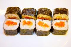 Sushi mit roten Fischen 1 Lizenzfreie Stockfotos