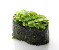 Sushi mit Salat Stockfoto