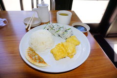 Sushi-Mittagessen Lizenzfreie Stockfotografie
