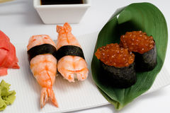 Sushi nugiri with shrimp amd gunkan with ikura Stock Images