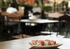 Sushi op de lijst Royalty-vrije Stock Afbeelding