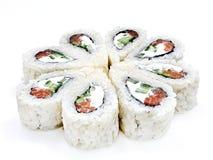 Sushi, petit pain, sushi japonais de fruits de mer, petit pain sur un fond blanc Photo libre de droits