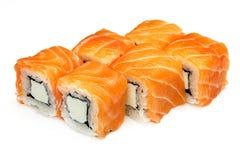 Sushi, petit pain, sushi japonais de fruits de mer, petit pain sur un fond blanc Photos libres de droits