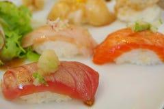 SUSHI, populäres japanisches Lebensmittel Lizenzfreie Stockbilder
