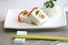 sushi préparés délicieux de studio pris Images stock