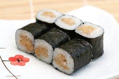 sushi préparés par maki délicieux Image stock
