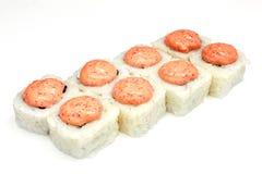 Sushi, rolo, sushi japonês do marisco, rolo em um fundo branco Fotos de Stock