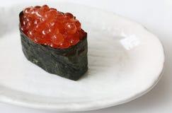 Sushi rossi del caviale Fotografia Stock
