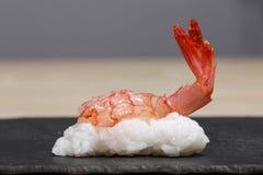 Sushi rossi del gamberetto Fotografia Stock Libera da Diritti