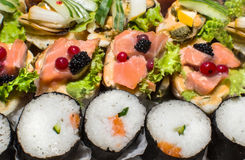 Sushi Salmon and caviar rolls Stock Photography