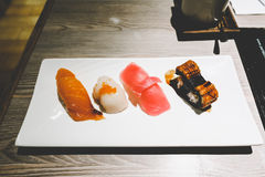 Sushi stellten 4-teilige japanische Art ein Stockbilder