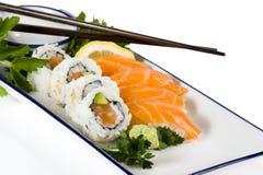 Sushi sulla zolla Fotografie Stock Libere da Diritti