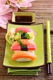 Sushi tradicional del alimento de Japón Foto de archivo