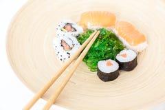 Sushi, un aliment japonais typique images libres de droits
