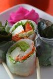 Sushi und Ess-Stäbchen Lizenzfreie Stockbilder