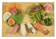 Sushi-und Sashimi-Kombination Stockbilder