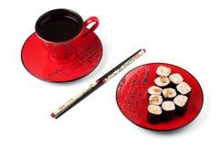 Sushi und Tee Stockfotos