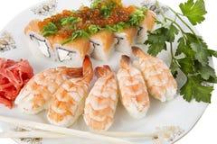 Sushi- und Tigergarnelen Stockfotografie