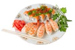 Sushi- und Tigergarnelen Stockbild