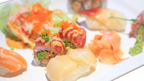 Sushi und würziger maki Satz Lizenzfreies Stockfoto