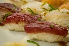 Sushi verbrannt gegrillt am japanischen Restaurant Lizenzfreie Stockbilder