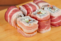 Sushibroodje met bacon Royalty-vrije Stock Fotografie