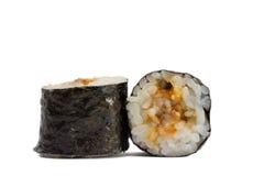Sushirolle im nori mit dem Aal lokalisiert auf weißem Hintergrund Stockbilder