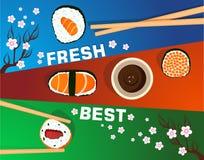 Sushisatz, Zeit, flaches Lebensmittel und japanische Meeresfrüchterollen mit Kirschblüte Lizenzfreies Stockfoto