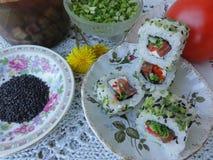 Sushitomatengurke, vegetarisches Lebensmittel kochend Lizenzfreie Stockfotos