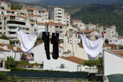 Suspensão de lavagem em uma linha Fotos de Stock
