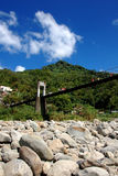 Suspension_bridge imagenes de archivo