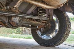 Suspension d'un véhicule tous terrains Images libres de droits