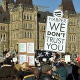 Suspension de protestation de Canadiens du Parlement Photo libre de droits