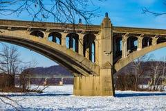 Susquehanna River som frysas på Wrightsville PA Arkivbild