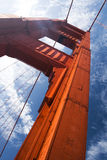 Sustentação da ponte de porta dourada do close up foto de stock