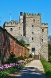 Sustento de pedra medieval no castelo de Sizbergh foto de stock royalty free