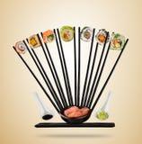 Suszi kawałki z chopsticks słuzyć na talerzu, oddzielającym na barwionym tle Obraz Royalty Free