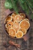 suszone plasterki pomarańczy Święta dekorują odznaczenie domowych świeżych pomysłów zdjęcie stock