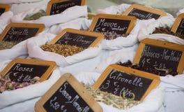 suszone zioła sprzedaży kwiatów Fotografia Royalty Free