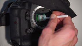 Suszy ręki czyści matrycę w cyfrowej kamerze zbiory wideo
