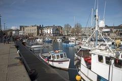 Sutton Harbour alla città del barbacane di Plymouth Devon Regno Unito fotografia stock libera da diritti