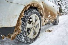 SUV на дороге горы Стоковое Фото